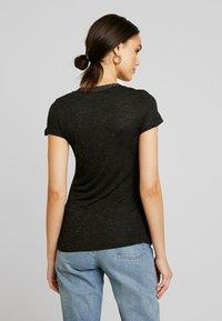 Morgan - DALI - T-shirt imprimé - noir - 2