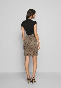 Anna Field - Fodralklänning - beige/black - 2