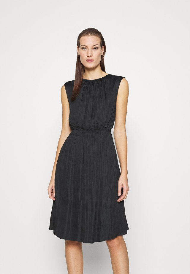 DAY TOWN - Day dress - black
