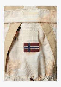 Napapijri - SKIDOO AIRBRUSH CAMO - Summer jacket - beige camou - 6