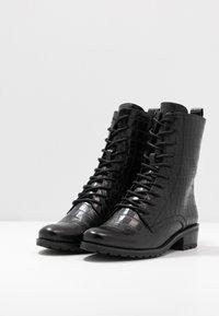Caprice - BOOTS - Šněrovací kotníkové boty - black - 4