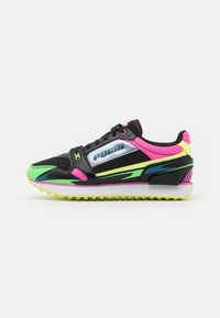 Puma - VEGAN MILE RIDER SUNNY GATAWAY WN'S - Zapatillas - black/elektro green - 1