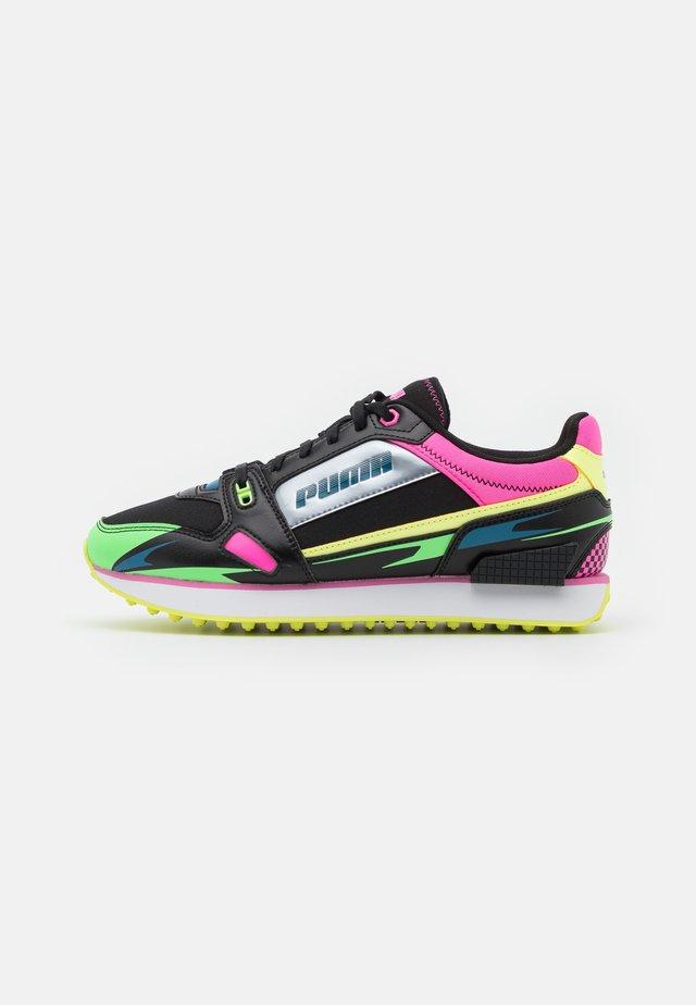 MILE RIDER SUNNY GATAWAY  - Sneakers basse - black/elektro green