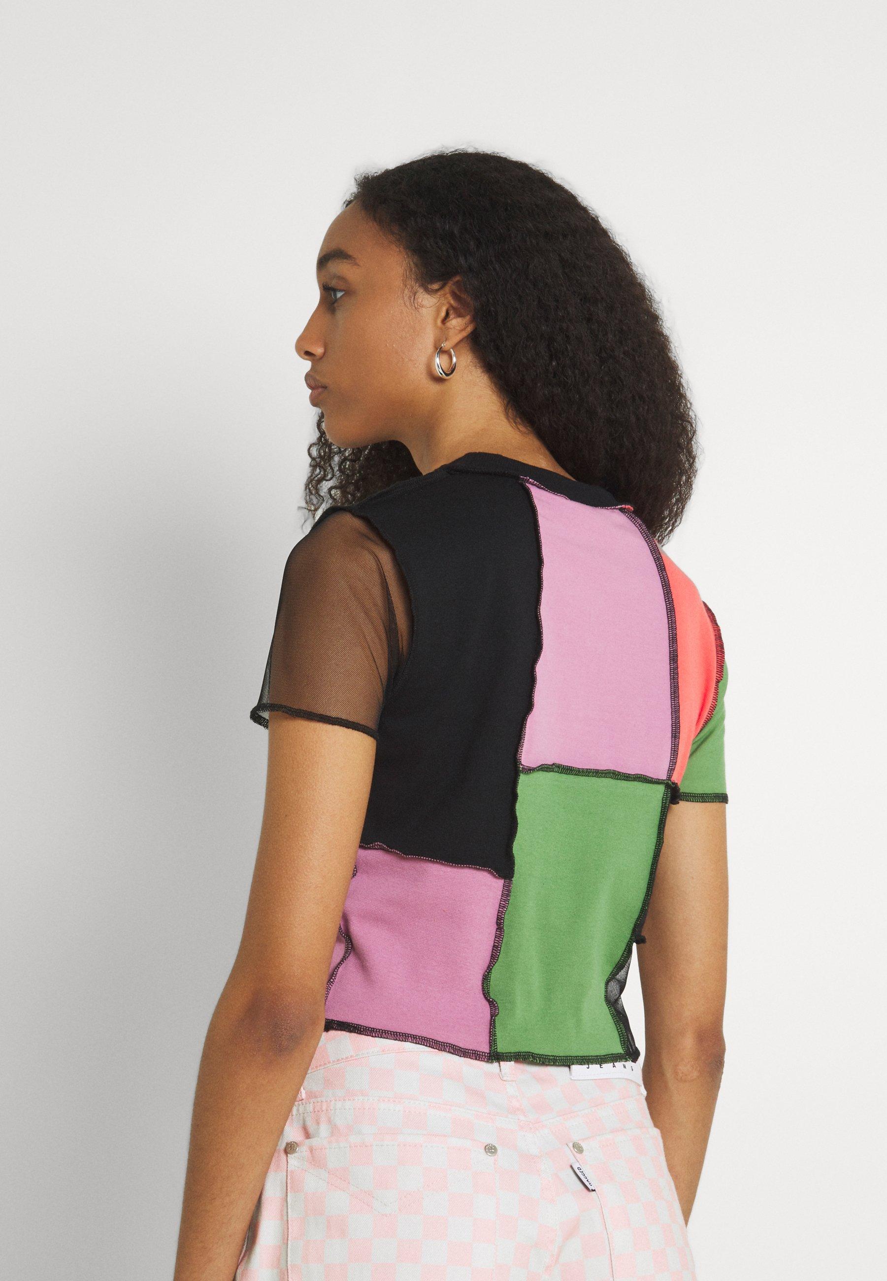 Women RISING - Print T-shirt