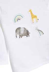 Next - WHITE GOTS ORGANIC THREE PIECE LEGGINGS, T-SHIRT AND HAT SET (0- - Hat - white - 6