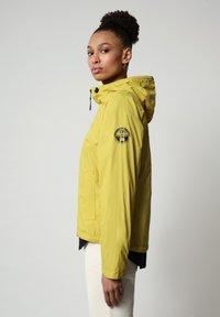 Napapijri - A-CIRCULAR - Light jacket - yellow moss - 2