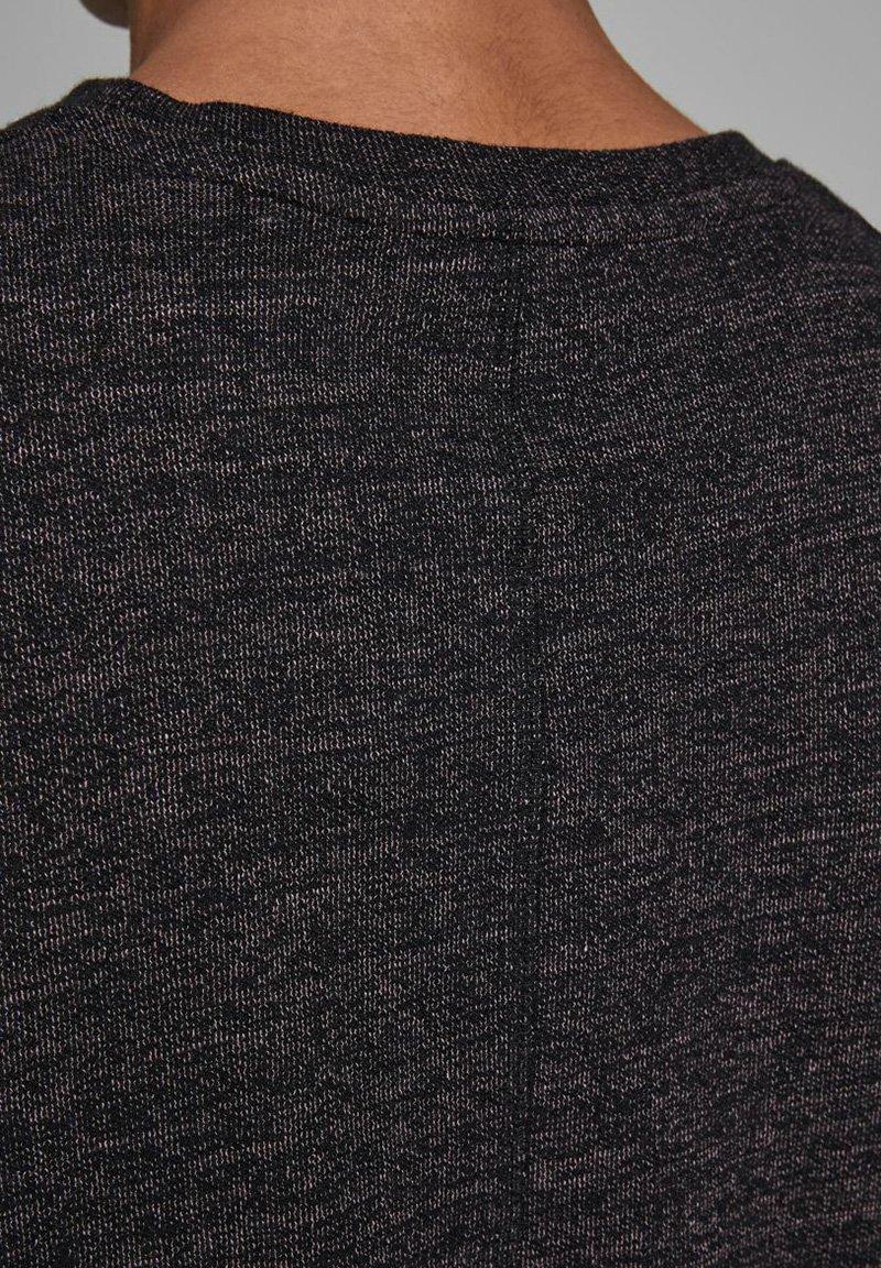 Jack & Jones JORDARKNESS - Basic T-shirt - rose taupe 6Vxad