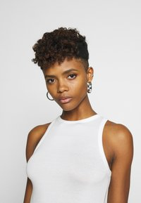 Nly by Nelly - A SIMPLE TANK - Top - white - 3