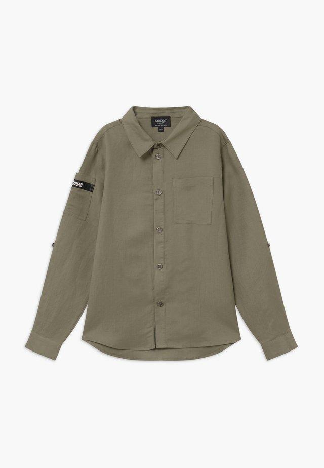 Camisa - sage