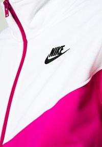 Nike Sportswear - TRACK SUIT SET - Sweatjakke - pink glaze/white/black - 8