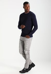 INDICODE JEANS - NARVIK - Slim fit jeans - light grey - 1