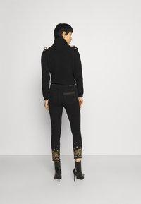 Desigual - Jeansy Skinny Fit - black - 2