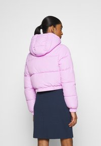 Tommy Jeans - CROPPED PUFFER - Winter jacket - fresh orchid - 2