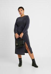 New Look Curves - METALLIC YARN DRESS - Jersey dress - silver - 2