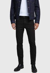 Jack & Jones - JJICLARK JJORG - Jeans straight leg - black - 0