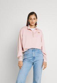 Nike Sportswear - FEMME - Sweater - pink oxford/metallic gold - 0