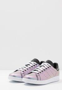 adidas Originals - STAN SMITH - Baskets basses - core black/footwear white - 4