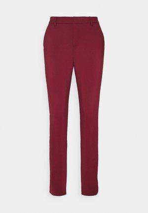 VMLEAH MR CLASSIC PANT - Bukse - cabernet