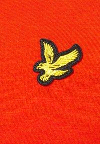 Lyle & Scott - PLAIN - T-shirt - bas - burnt orange - 5