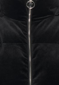 Juicy Couture - ROSALIA VELOUR JACKET - Vinterjakker - black - 2