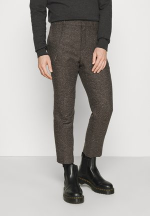 STANLEY TROUSER - Bukse - brown