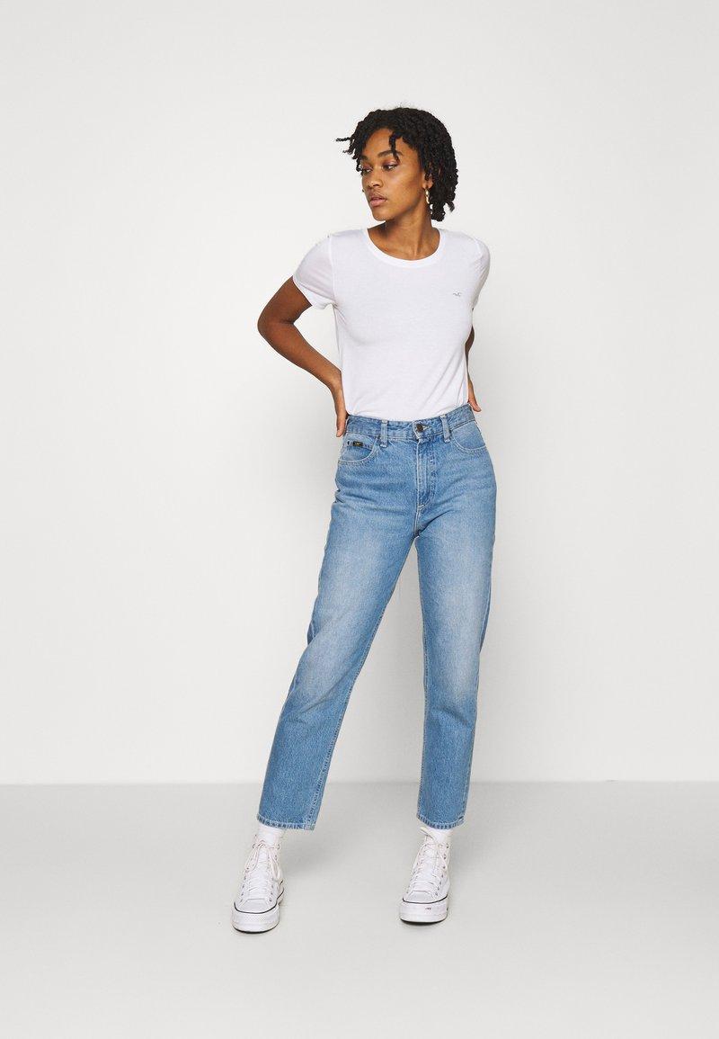 Hollister Co. - EASY CREW 3 PACK - Print T-shirt - white/grey/black