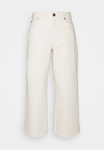 GINETTA - Jeans straight leg - ivory