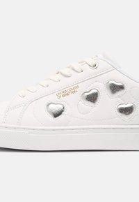 Benetton - LOVE MULTI  - Sneakers - white/silver - 7
