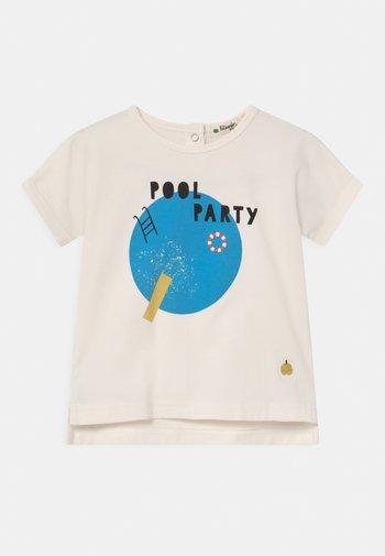 PERCY UNISEX - Print T-shirt - white/blue