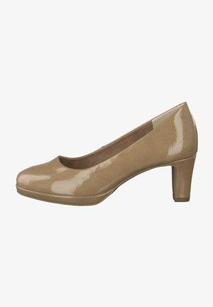 Classic heels - nude patent