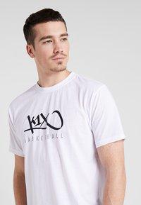 K1X - HARDWOOD - Print T-shirt - white - 3