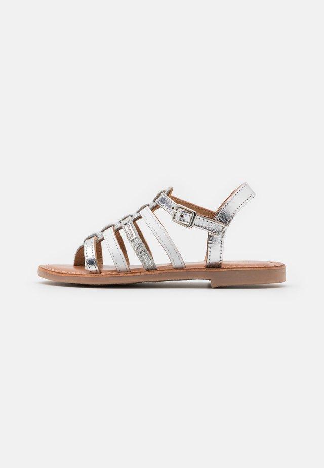 HIRSON - T-bar sandals - argent/multicolor