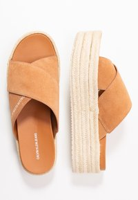 Calvin Klein Jeans - FERNANDA - Heeled mules - light brown - 3