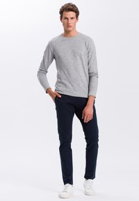 Cross Jeans - Chinos - dark blue - 1
