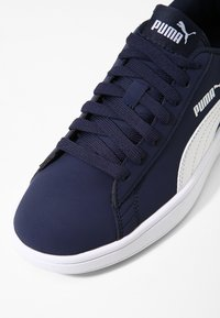 Puma - SMASH  - Baskets basses - peacoat/white - 5