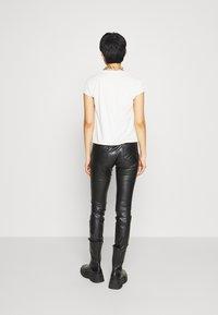 Herrlicher - TOUCH - Trousers - black - 2