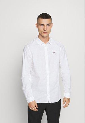 LONGSLEEVE BLEND  - Skjorter - white