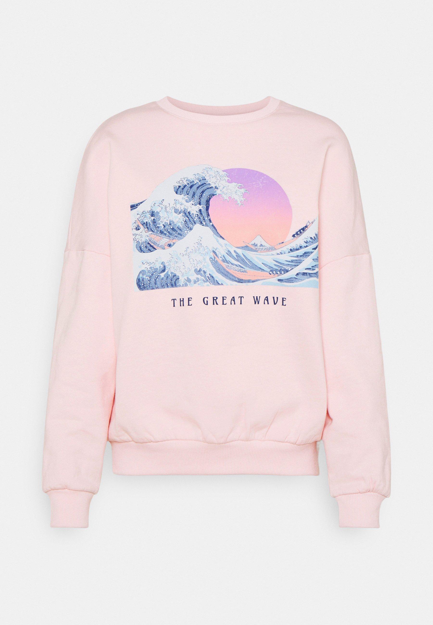 Women Wave Printed Oversized Sweatshirt - Sweatshirt