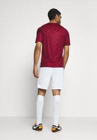 Nike Performance - TÜRKEI SHORT - Sports shorts - white/sport red - 2