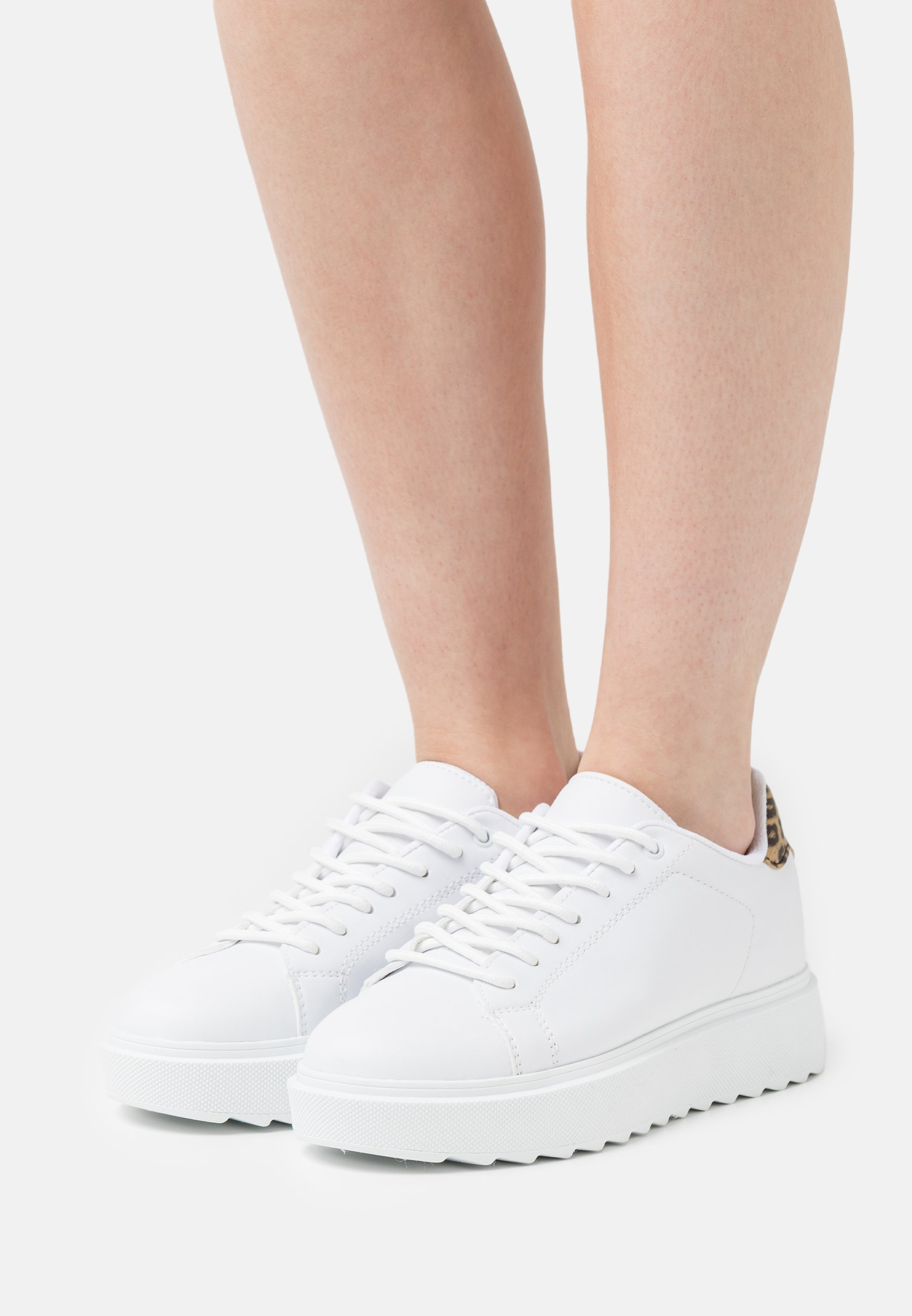 Donna CARE LESS  - Sneakers basse