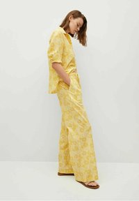 Mango - Trousers - amarillo - 3