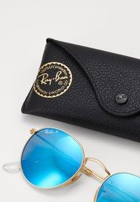 Ray-Ban - 0RB3447 ROUND METAL - Okulary przeciwsłoneczne - gold-coloured/blue - 1