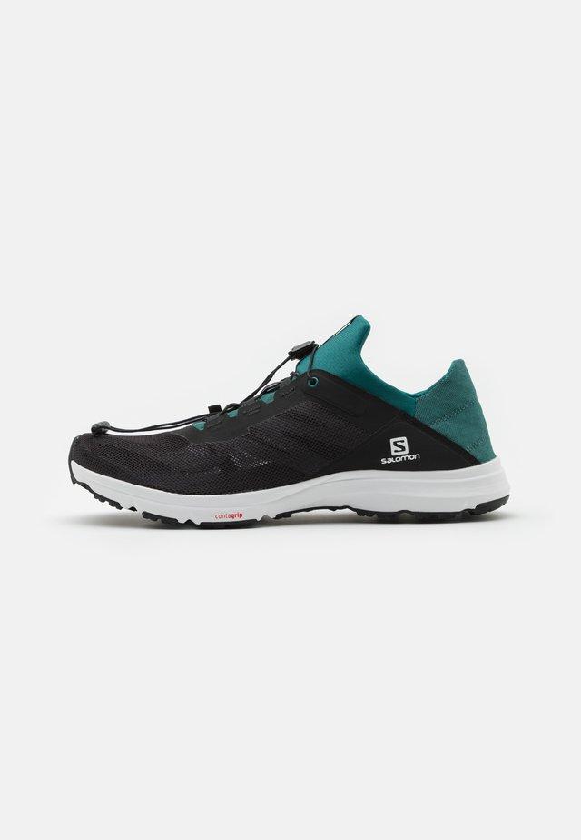 AMPHIB BOLD 2 - Trail running shoes - black/pacific/white