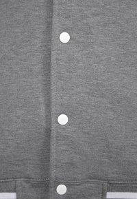 Color Industry - CONTRAST COLLEGE - Lehká bunda - grey/white - 2