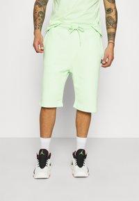 YOURTURN - UNISEX SET - Shorts - green - 3