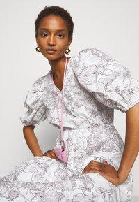 Bruuns Bazaar - POSY OLIVINE DRESS - Day dress - snow white - 3