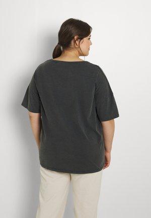 NMIDA CITY - Print T-shirt - obsidian