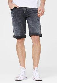 Harlem Soul - Denim shorts - blue black used - 0