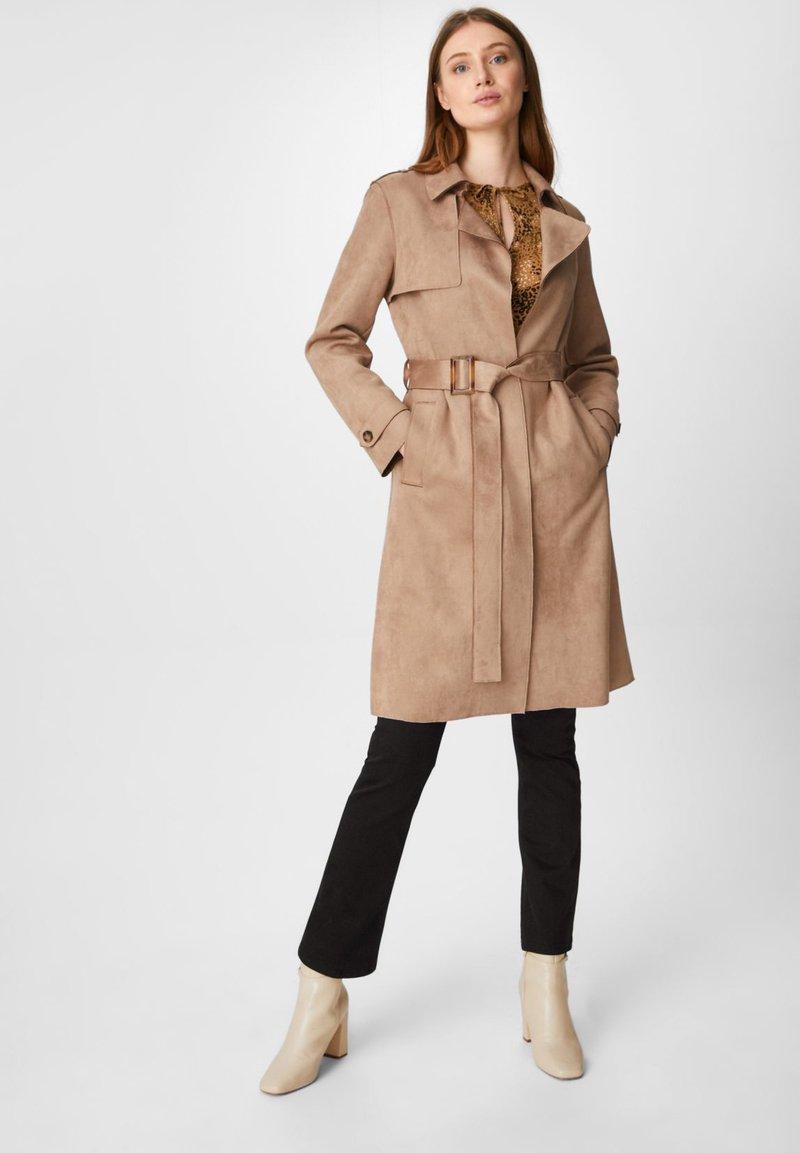 C&A - Trenchcoat - beige