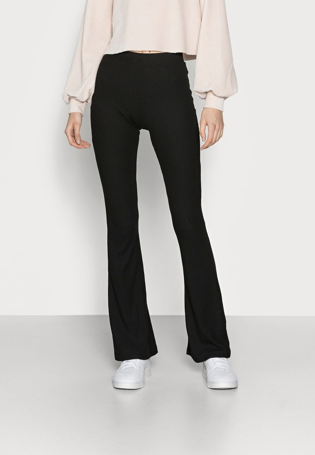 ONLNELLA FLARED PANT - Bukse - black
